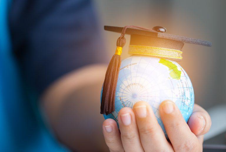 Educatie – mituri, iluzii, realitati