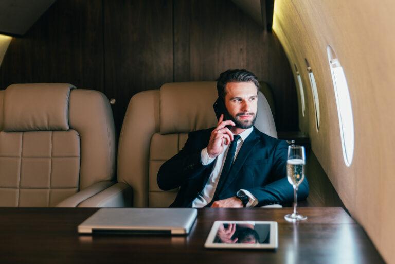 5 obiceiuri ale oamenilor care au ajuns bogati prin propriile forte